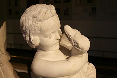 Der Junge mit der Gans. © Museumspädagogisches Zentrum München