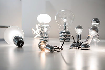 Ausstellungsansicht Ingo Maurer intim. Design or what. Foto: Anna Seibel