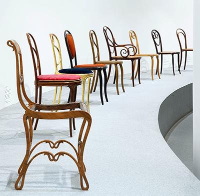 """Blick in die Ausstellung """"Thonet & Design"""". Foto: Die Neue Sammlung – The Design Museum (A. Laurenzo)"""