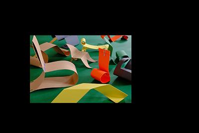 Im Atelier entstehen eigene Möbelideen. © Museumspädagogisches Zentrum München