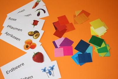 Erdbeerrot, Sonnengelb, Veilchenblau – Materialien helfen dabei, neue Farbnamen zu finden.